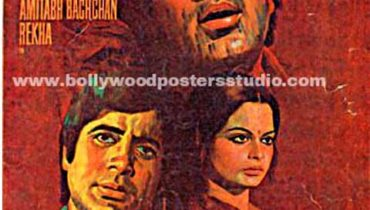 Hand painted bollywood movie posters Namak haraam – Amitabh bachchan
